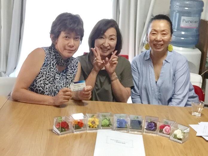 熊本で〜色彩心理カウンセラー3級認定講座と色を楽しむお茶会〜開催しました!