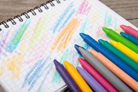 10/25(木)19時~アートセラピーワークショップ「なぐり書きアートでストレスケア!」