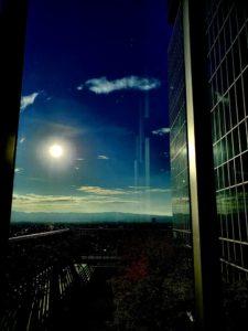 光り輝く朝日のパワー